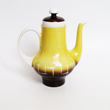 Vintage ceramic Kahla teapot with yellow handmade patterns (1970s)