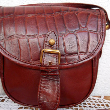 Vintage 80s, Real Leather, Small Messenger,Shoulder Purse,Crossbody Bag, Womens Satchel, Croco Embossed Boho Pouch, Cognac Brown Postman Bag
