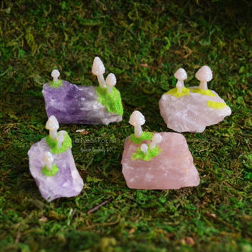 Zen Garden Accessory // Miniature Mushroom Crystal Garden // Amethyst // Rose Quartz Gemstone // Toadstool Fairy Garden // Terrarium Shrooms