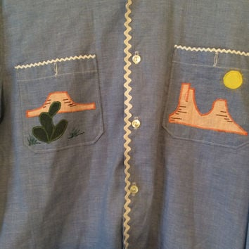 Vintage 70s Road Runner Chambray Button Up Shirt Size Large