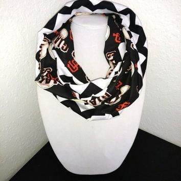 San Francisco Giants Infinity Scarf - Lightweight Cotton, jersey knit - Beautiful, bas