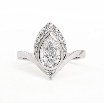 One Carat Pear Diamond Unique Engagement Ring, Art deco 1 carat Pear Diamond Unique Ring, Pear Diamond Ring Atyasha, Silly Shiny Diamonds