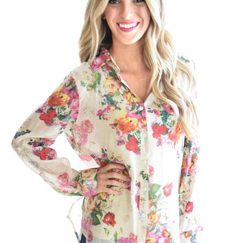 Cool Breeze Floral Top In Ivory