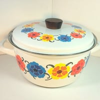 Vintage Universal Enamel Mod Flowers Stock Pot, Made in Austria, Wood Handle Lid, Mid Century, Floral, Enamelware, Red, Yellow, Blue, White