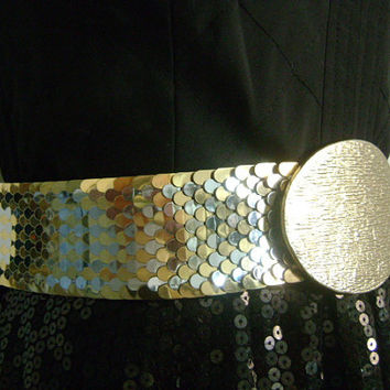 Vtg Two-Tone Gold & Silver Metal Scaled Scales Snake or Fish Design Stretch Elastic Cinch Belt Textured Oval Shape Buckle Size 24 to 27 XS-S