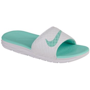 Nike Benassi Solarsoft Slide 2 - Women's at Lady Foot Locker
