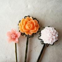 Peach Flower Hair Pins. Pink Hair Accessories. Coral Pink Lily, Peony. Bronze Filigree Bobby Pin Trio. Bridesmaid Gifts. Autumn Wedding.