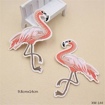 Iron-On Embroidered Pink Flamingo Patch (10 Pairs)