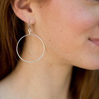 Whitney Shoe Wire Circle Earring - Silver