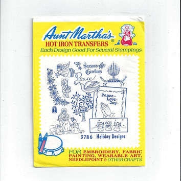 Aunt Martha's 3786 Christmas Holiday Designs Hot Iron Transfers for Embroidery, Textile Painting, Needlepoint, Arts & Crafts, UNUSED, Peace