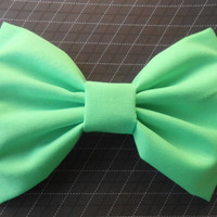 Mint Hair Bow Girls Hairbow  Fabric Hair  Bow by TitasHidingPlace