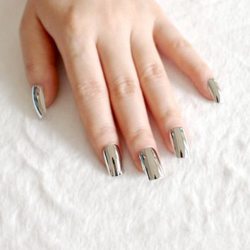 Fashion Silver Acrylic False Nail Metal Mirror Flat Fake Nails Lady Full Wrap Nail Tips Nail Design Salon Product N02