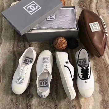 DCCKLM3 Chanel-Vintage White Shoes