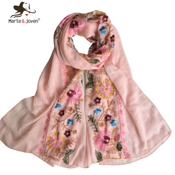 Oversized Embroidered Scarf for Women Ethnic Style Flower Cluster Scarves and Shawls Ladies Casual Chic Floral Patchwork Wrap