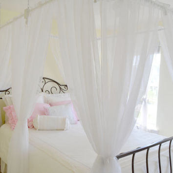 "Bed Canopy. ""Floating"" bed canopy for twin, full, quenn and king size beds."