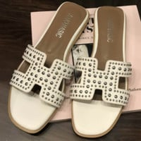 Hermes Summer New Style Toe Rivets H Fashion Casual Outer Beach Shoes white