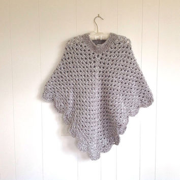 Crocheted shawl - Womens crochet poncho - Womens clothing -Teens retro poncho - Crocheted poncho