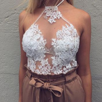 2017 Fashion Women Crop Top With Florals Halter Lace Tops White Beach Backless Party Camis Gauze Ladies Tank Top ZL3016