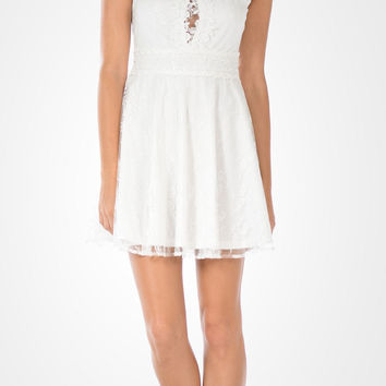 Off White Applique Bodice Lace Short Party Dress Sleeveless