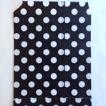 25 Black Polka Dot favor bags / Treat Bags / Wedding Favor Bags / Birthdays / Party Favor Bags / Polka Dot Paper Treat Bags / Bakery Bags