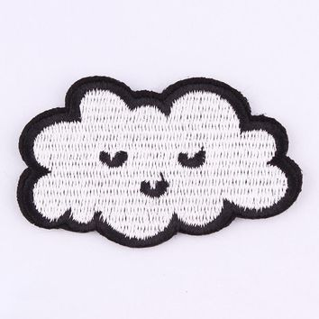 1Pcs Cloud Patches  For Clothing Iron On Embroidered Sew Applique Cute Patch Fabric Badge Garment DIY Apparel Accessories