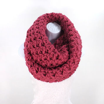 Chunky Infinity Scarf /RASPBERRY/, Large Infinity Scarf, Woman Scarf, Gift Idea