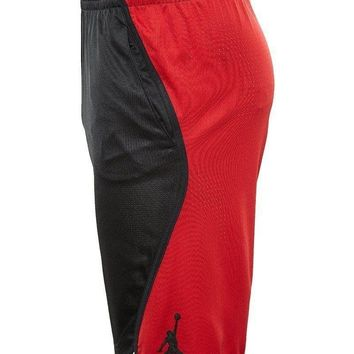 NWT- MEN'S NIKE JORDAN FLIGHT VICTORY DRI-FIT BASKETBALL SHORTS BLK/ RED Size- M