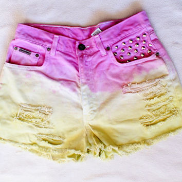High Waisted denim SHORTS dyed and  STUDDED jeans Size Large Calvin klein Vintage