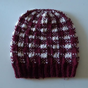 Winter Hat Knitting Pattern, Gingham pattern, colorwork beanie, stranded color work, warm ladies hat, two colors, dk weight yarn, easy knit