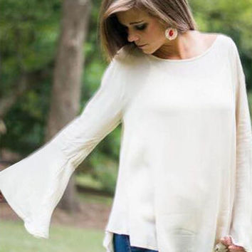 White Horn Sleeve Loose Back Lace Stitching T-Shirt