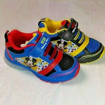 Mickey Mouse Lite Up Shoes New C5