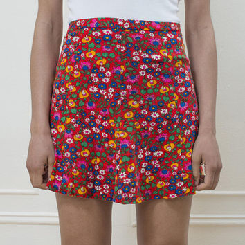 vintage red floral mini skirt | red a line skirt | flower print hippie skirt | psychedelic mini skirt | 70s rainbow print skirt | 1970s