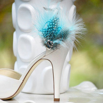 Shoe Clips Something Blue Feathers. Big Day Bride Bridal Bridesmaid Pin, Couture Wedding, Stunning Elegant, Light Black Turquoise Tiffany