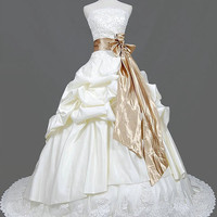 Ball gown Strapless Chapel Train Taffeta Lace  Wedding Dresses With Ruffles Sashes Beading