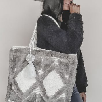 Glacial Diamond Pattern Fringe Tote Bag