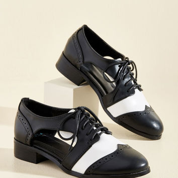 Dapper Duet Oxford Flat