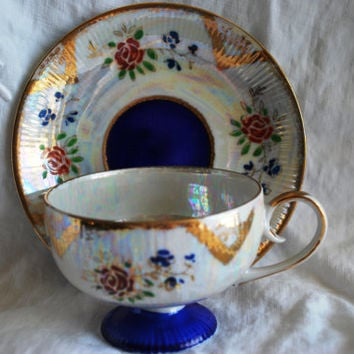Vintage tea cup  blue cobalt and gold , Tea cup and saucer in porcelain from  Japan