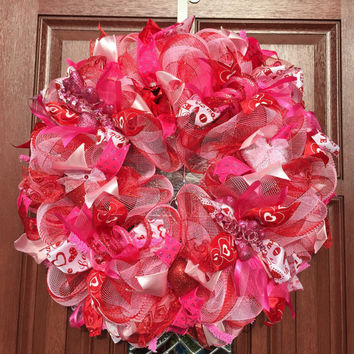 Red Pink Deco Mesh Wreath, Valentine Mesh Wreath, Heart Wreath, Valentines Day Decor