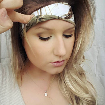 Reversible  White Realtree Camo & realtree Camo single headband