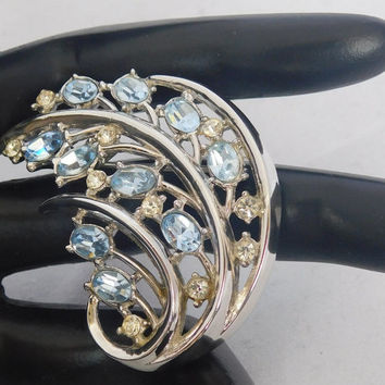 Crown Trifari BLUE RHINESTONE NEW Vintage Silvertone Designer Curled Curved Swirl Flower Beautiful Glistening Signed Brooch Pin! 308