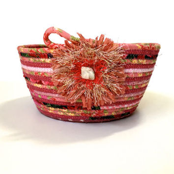Coiled Rope Basket in Shades of Pink - Feminie Clothesline Organizer Catchall - Clutter Keeper - Functional Fiber Art - Back to School Bowl