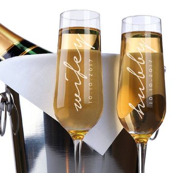 Set of 2, Wifey Hubby Wedding Champagne Flutes, Personalized Champagne Flute Wedding Favors, Custom Bride and Groom Champagne Glasses #N14