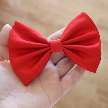 """4.5"""" red fabric hair bow clip, red bow, bow for teens, girls hairbow, women hair bow clip, hairbows, solid color hair bow"""