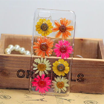 Natural dried flower pressed flower daisy iphone 4 case,iphone 4s case,iphone 5 case,iphone 5s case,iphone 5c case