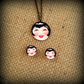 Flapper Necklace - Flapper Jewelry - Flapper Woman - Flapper Girl - Brunette Woman - Brown Eyed Woman - Flapper Jewelry - Roaring 20s