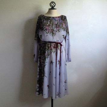 Vintage 1970s Dress Lilac Burgundy Satin Piping Sheer Secretary Floral Pleat Dress Lrg