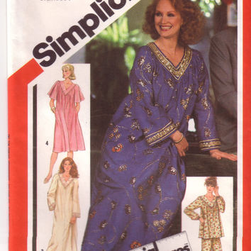 Vintage Simplicity 5216, Misses Caftan, Dress, Nightgown, Pajamas, Size 6, 8, 10
