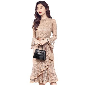 Spring Clothes Woman New Pattern Korean flare sleeve Lace dress Fish Tail Dress Package Hip dresses