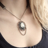 Cameo Rib Cage Necklace