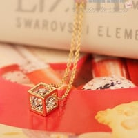Korean Style Fashion Temperament 14K Gold Plated Cube Clavicle Short Chain Clavicle Necklace